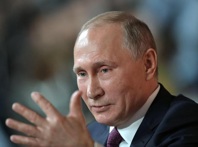 Putin: «Ready to talk to the US. In constant contact with Salvini's League»