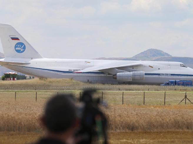 In Turchia arrivano i primi missili russi Tensione con gli Stati Uniti