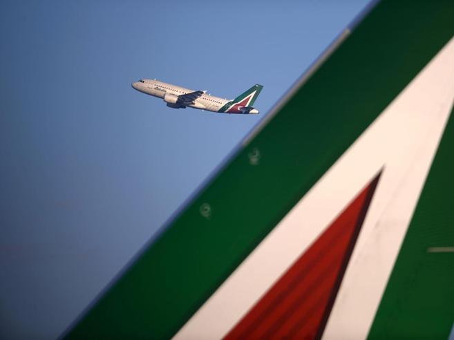 Alitalia, via al rilancioFs sceglie Atlantia come partner assieme a Delta