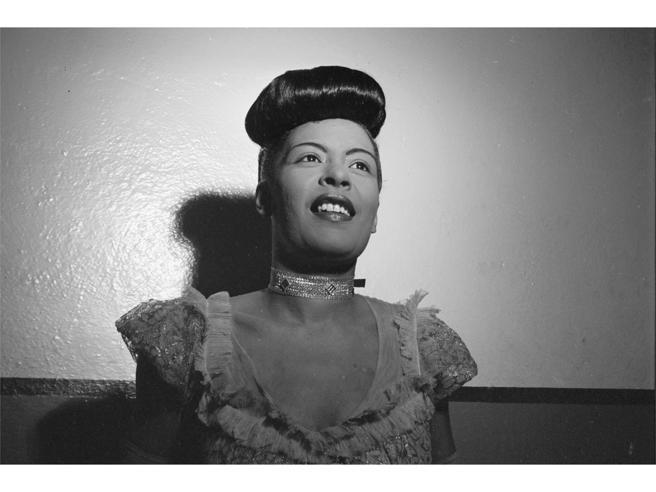 60 anni fa l'addio a Billie Holiday: dai bordelli di Harlem a Lady in Satin, la voce femminile più importante del '900.