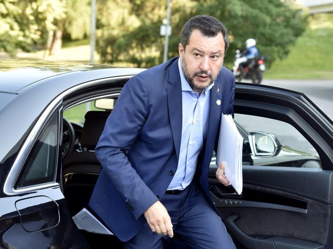 Salvini: «M5S e Pd già al governo insieme. Tradito il voto degli italiani»