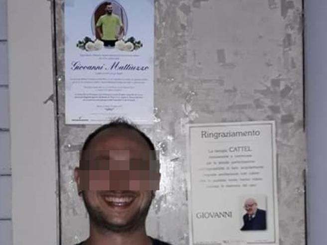Incidente di Jesolo, posta una foto irriverente sotto all'epigrafe: picchiato al bar da tre persone