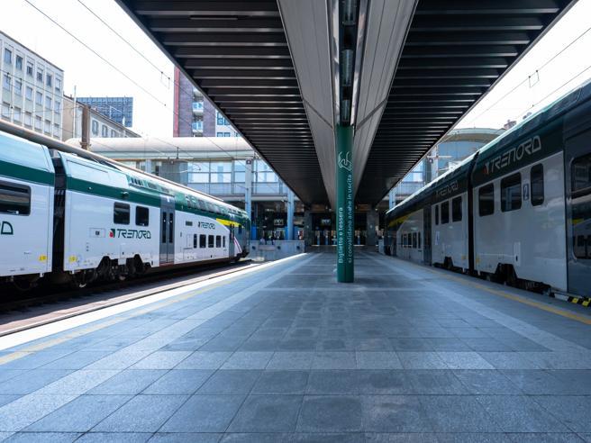 Sciopero, stop di treni, aerei e bus: cosa ci aspetta domani La videoscheda