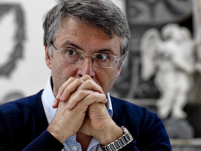 Cantone si dimette dall'Anac. La polemica: «È finito un ciclo» Chi è e perché ha detto addio