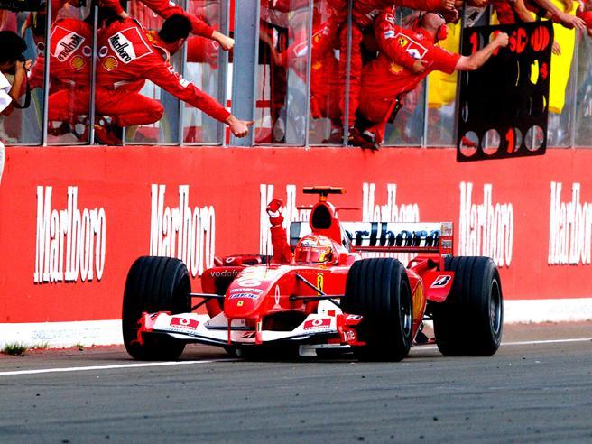 F1, a Hockenheim Mick Schumacher guiderà la Ferrari F2004 del papà