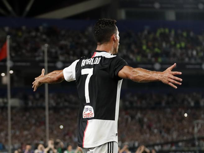 Juventus-Inter 5-4 dopo i rigori, Buffon si esalta e ne para tre