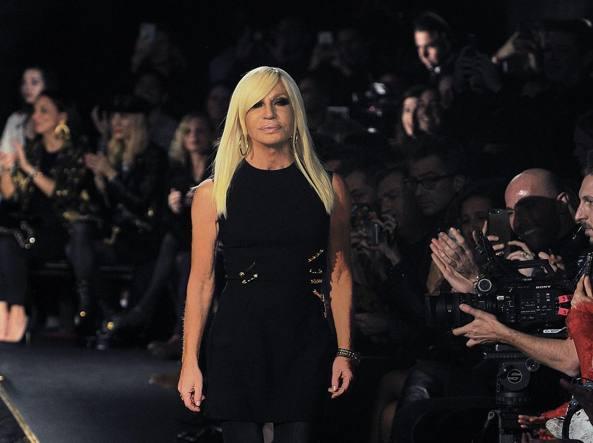 prezzi al dettaglio presa comprare bene Donatella Versace: «Il nero è democrazia, protesta, sensualità ...