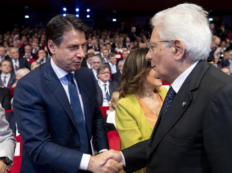 Il premier Conte con il presidente Mattarella (LaPresse)