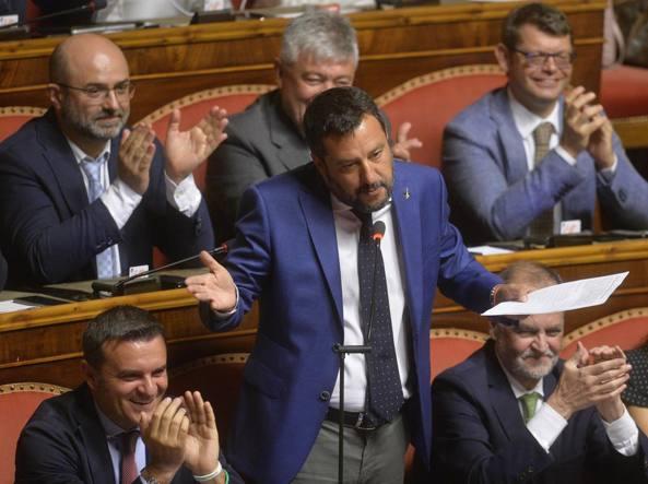 Salvini al senato e la crisi di governo cos 39 successo for Leggi approvate oggi al senato