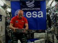 Luca Parmitano dj dallo spazio. È la prima volta nella storia. «La musica unisce le persone»