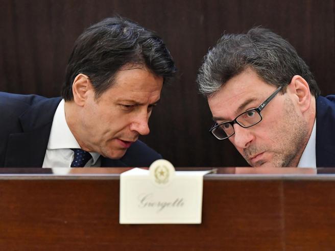 Lo sfogo di Giorgetti: «Matteo ha sbagliato i tempi. Non doveva annunciare la crisi...»