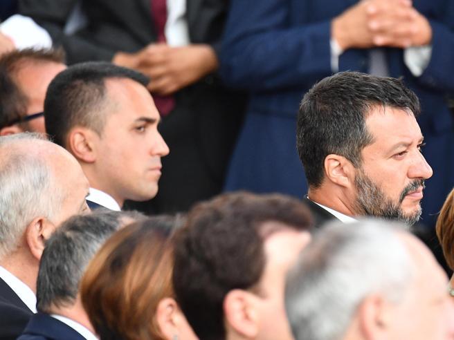 Gelo  Salvini-Di Maio: durante la messa a Genova  salta anche il segno della pacePd-M5S, sherpa al lavoro per l'accordo