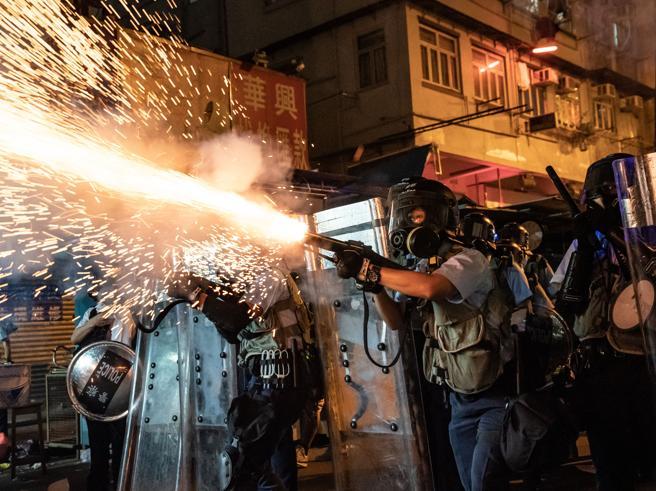 Hong Kong, Trump al collega Xi: «Vai a incontrare i manifestanti»