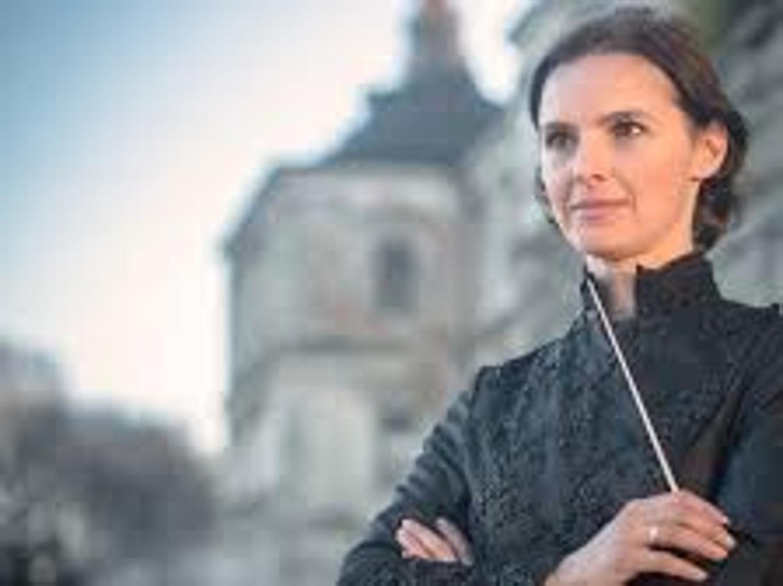 Oksana Lyniv dirige le orchestre della pace