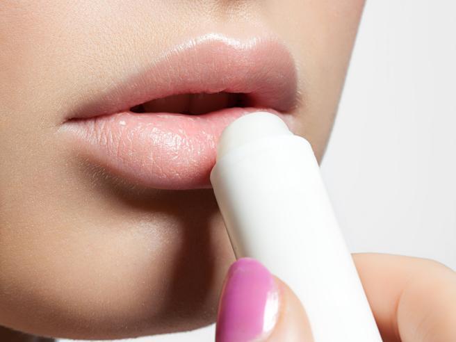 Quel fastidiosissimo herpes: cosa lo provoca e quali sono i rimedi