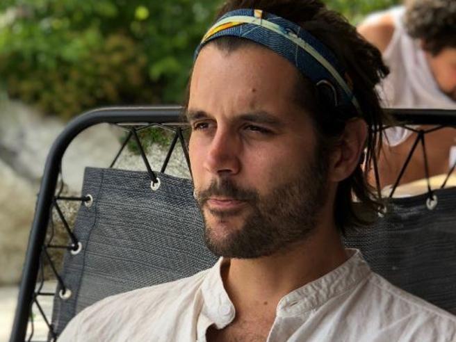 Simon scomparso, 20 amici dalla Francia per cercarlo: L'ultima telefonata al 118