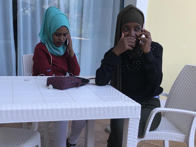 La storia di Hikma, torturata per 3 anni in Libia: «È un posto pericoloso, lì è terribile»