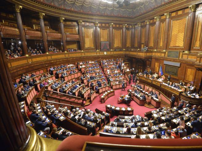La riduzione del numero dei parlamentari la posizione dei for Numero deputati