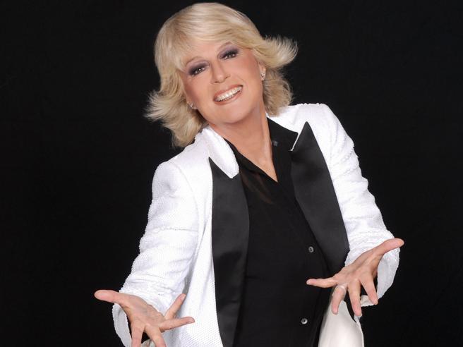 Loretta Goggi: «Io, che ho combattuto la tv maschilista,  a