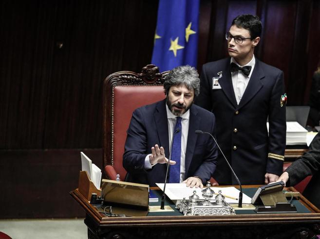 """Fonti dem: «M5s propone un governo """"quasi"""" monocolore Pd guidato da Conte»"""