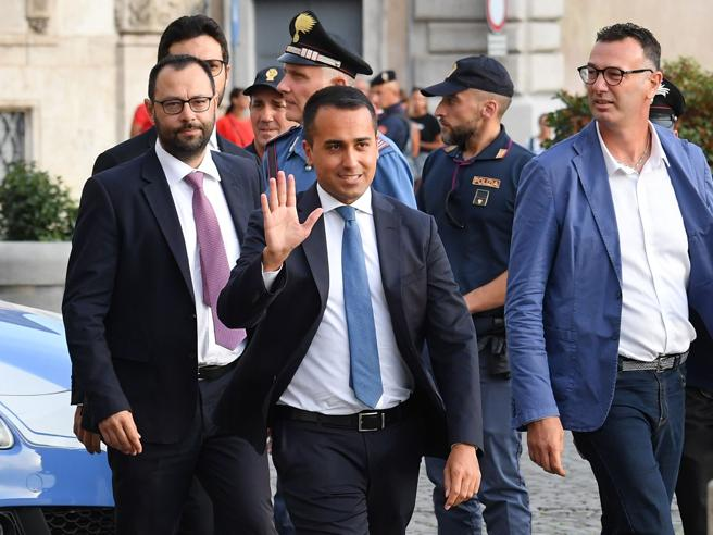 di maio  pressioni perch u00e9 rinunci all u2019incarico di vicepremier