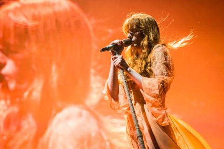 Florence and the Machine incendia Milano Rocks