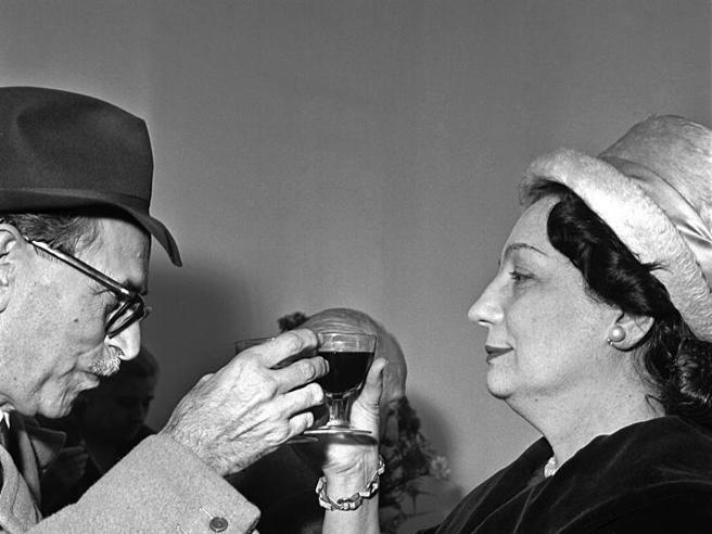 Da Soldati a Veronelli Il vino e la letteratura in 90 anni di articoli