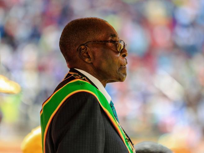 Morto Mugabe, ex presidente-padrone dello Zimbabwe