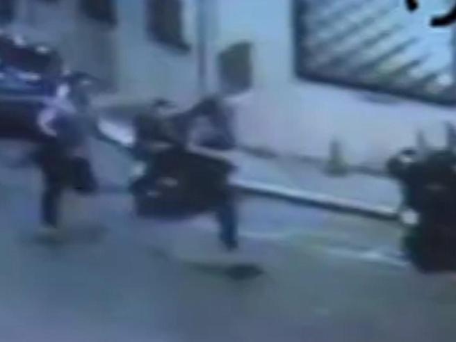 Carabiniere ucciso a Roma, la chat tra gli americani e Brugiatelli: «All'appuntamento devi venire solo»