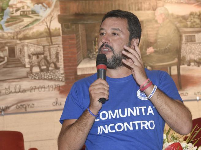 Salvini, il giornalista Rai  Fabio Sanfilippo lo invita al suicidio su Facebook: Viale Mazzini lo sanziona