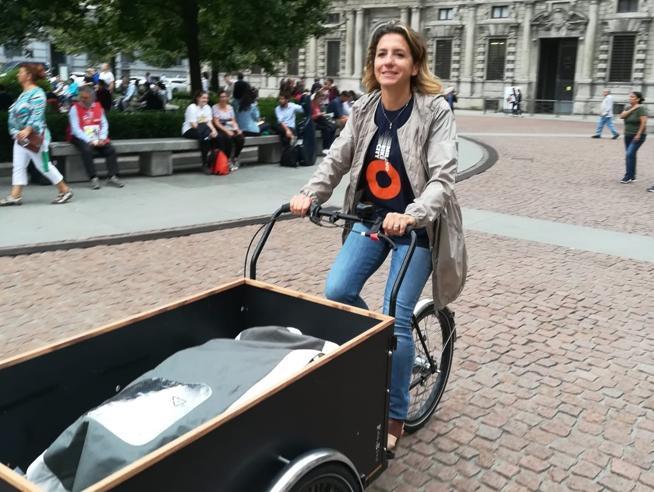 Il trasloco? A Milano si fa (anche) in bicicletta