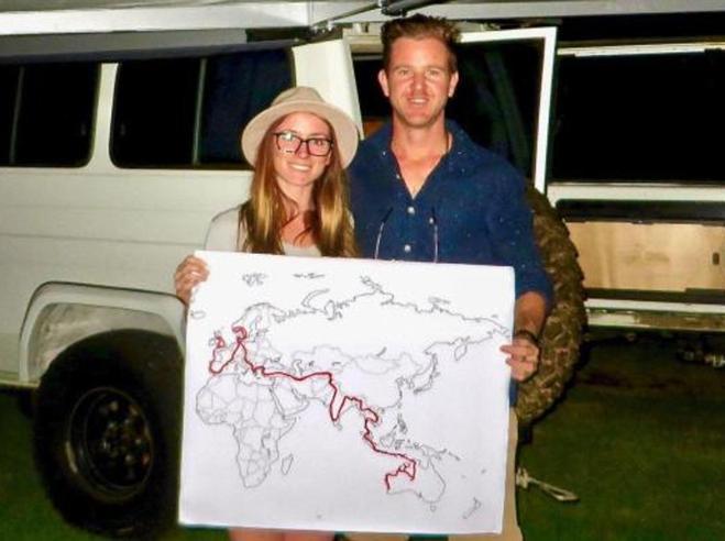 Jolie e Mark, il viaggio dei blogger  nei Paesi «pericolosi»  finisce  in una cella in Iran