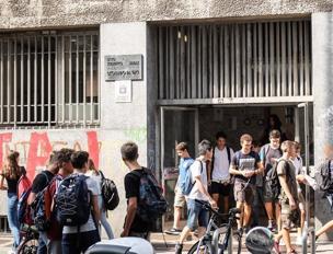 Milano, la quarta liceo che inizia l'anno con i prof sostituiti in blocco