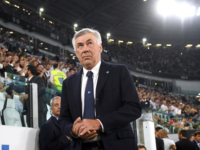 Napoli e gli spogliatoi non pronti, la rabbia di Ancelotti segno di scollamento tra la città e la squadra