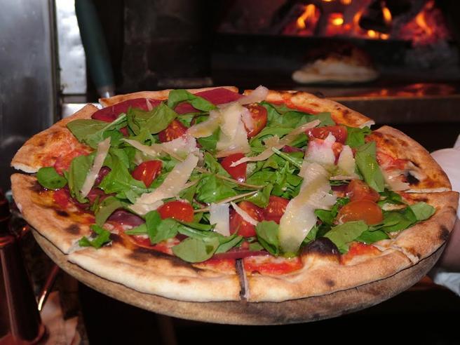 Premi Ignobel, vince team italianoLo studio: la pizza allunga la vita