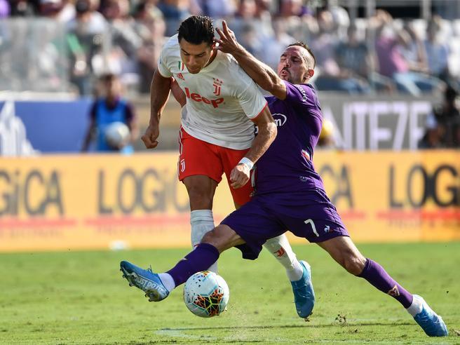 Fiorentina-Juventus 0-0,  Montella ferma  la corsa bianconera | La classificaNapoli-Samp: diretta 1-0