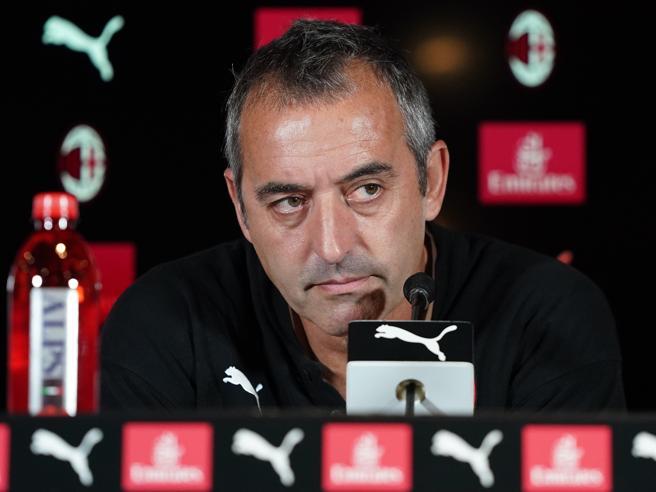 Milan, Giampaolo: «Piatek giochi bene e segnerà. Rebic? È in condizione. Stimo molto Castillejo»