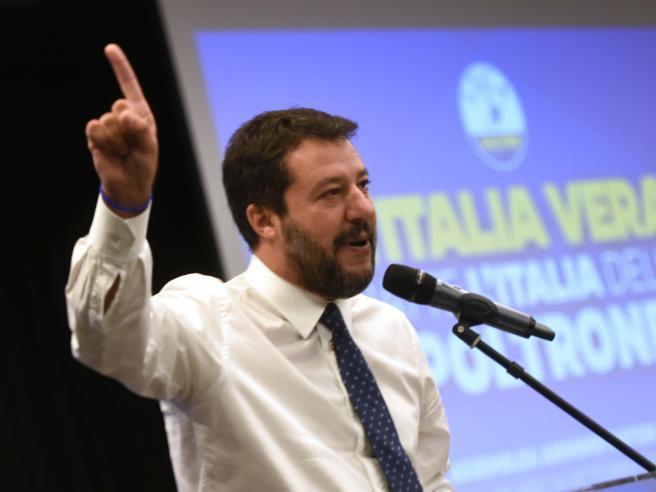 Salvini: «Alle urne per il maggioritario. Dal territorio diremo tanti no al governo»