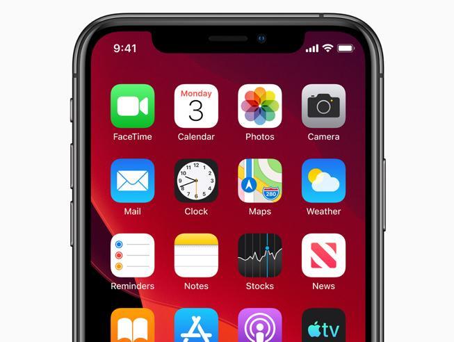 Arriva iOS 13: modalità notturna, mappe rinnovate e cancella da solo i doppioni delle foto