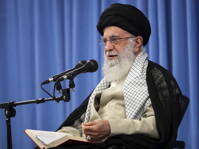 Attacco ai pozzi, le nuove voci: «L'ordine partito da Khamenei»