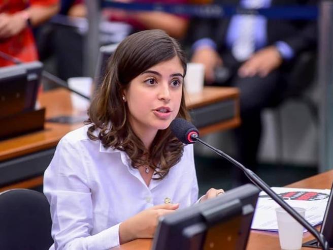 In Brasile la stella di Tabata Amaral, 25 anni: sarà lei l'anti-Bolsonaro?