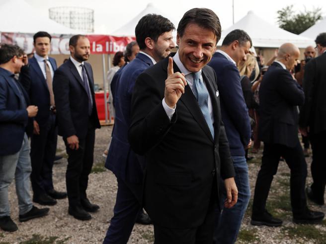 Il premier «sorpreso» dai tempi di Renzi: «Ma il  piano di governo resta sostenibile»