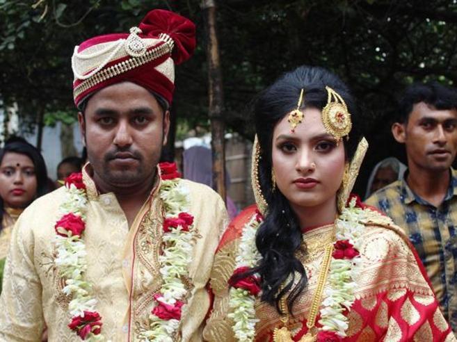 Bangladesh, Khadija rompe le regole e va a prendersi lo sposo