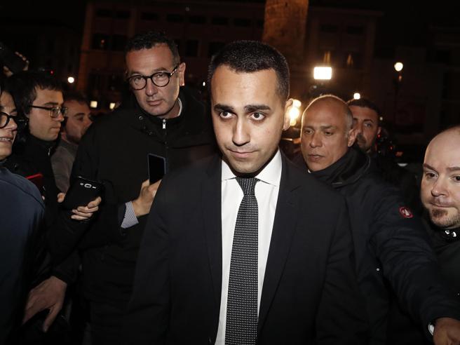 Manovra, liti nella notte. I timori su Renzi e Di Maio: così facciamo poca strada