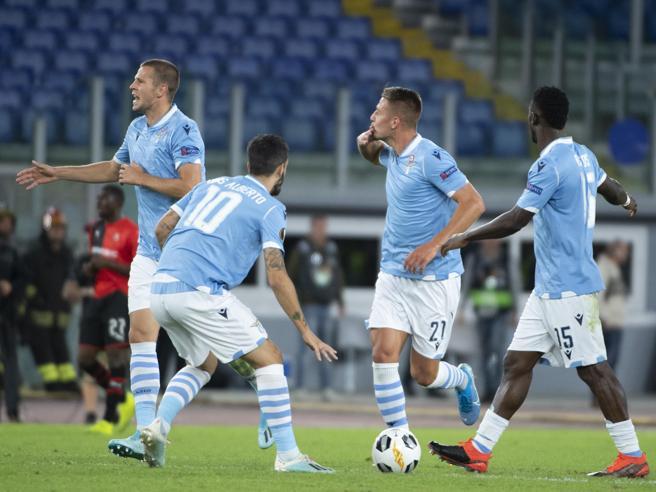 Europa League, Lazio-Rennes 2-1 vittoria in rimonta con le reti di Milinkovic e Immobile