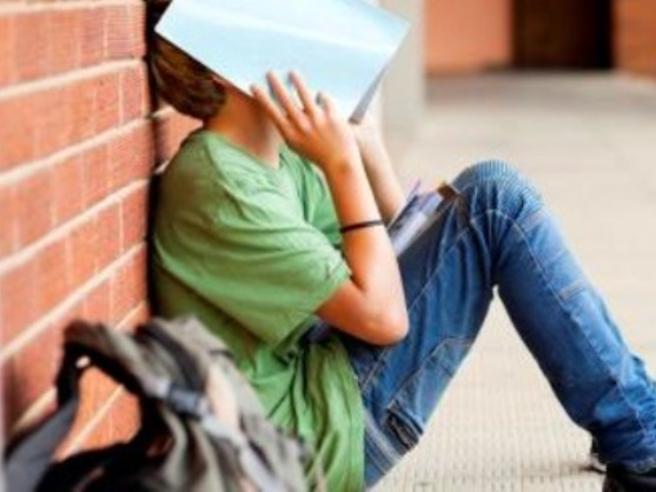 Dispersione scolastica, l'esercito nascosto dei diplomati «analfabeti»