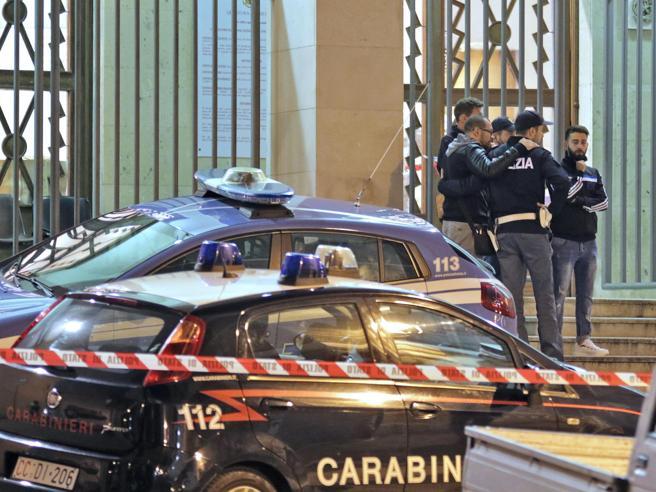 Trieste, sparatoria in questura. La testimone: «Sembrava di stare a Beirut»