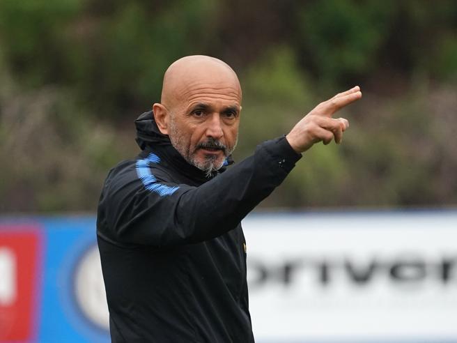 Spalletti ha detto sì al Milan:  ora si tratta su contratto e ingaggio