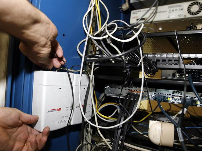 Guasto sulla rete Telecom, giù la connessione in diverse parti d'Italia