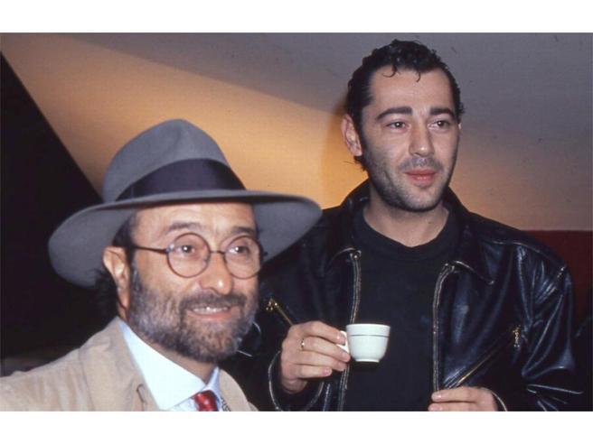 Luca Carboni: ha 57 anni oggi il vero padre dei nuovi cantautori